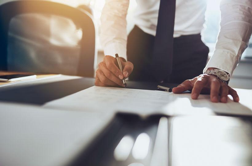 Aufhebungsvertrag Vor Und Nachteile Für Arbeitnehmer Instaffo Blog